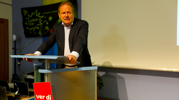 Frank Bsirske spricht auf der #bjk15